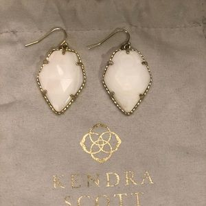 Kendra Scott Corley Drop White